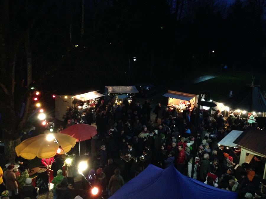 03.12.2017 Nikolausmarkt Brannenburg