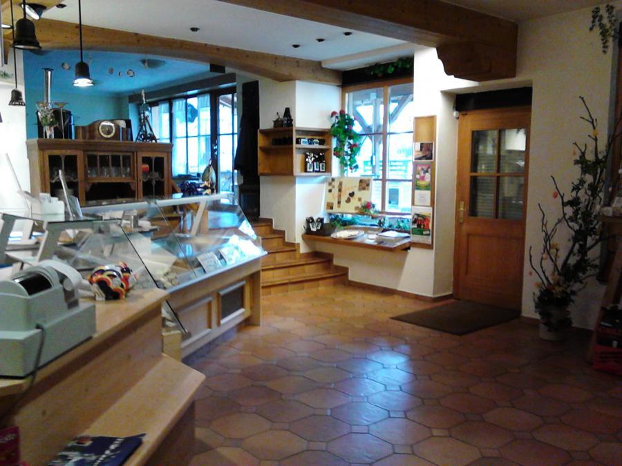 Pronberger - Regionalladen Cafe  Biergarten