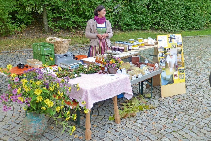 28.09.2019 Brannenburger Schmankerl- und Planzenflohmarkt
