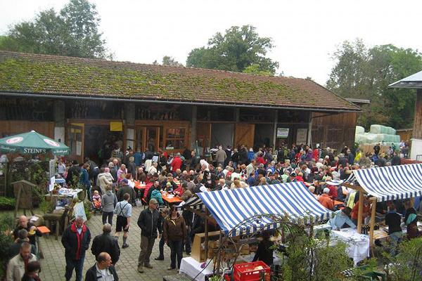 Bauernherbstmarkt und Hoffest Bernau